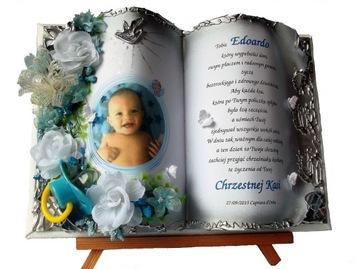 Pamätník svätého krstu od kmotry, otca