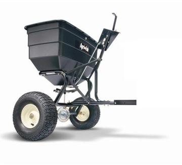Rozmetadlo pre 80 kg záhradný traktor