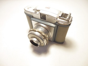 Stredná formátová kamera Bella 66-IIA