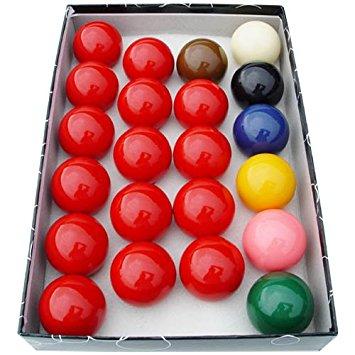Snooker Standard 57.2mm na stoloch po bazéne