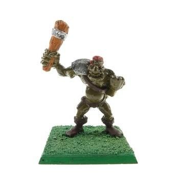 Warhammer MM42 Ogre s kovovým klubovým figurínom
