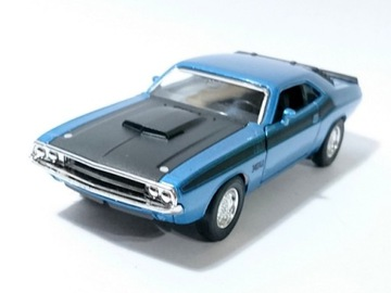Novelty 1970 Dodge Challenger t / A Blue Welly