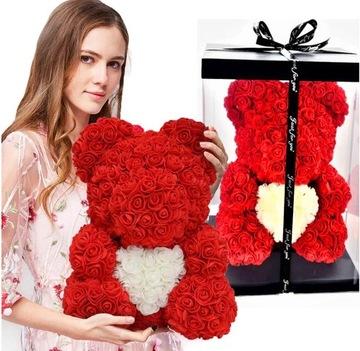 Kvetinový medvedík s červenými ružami 25cm ruže lístky