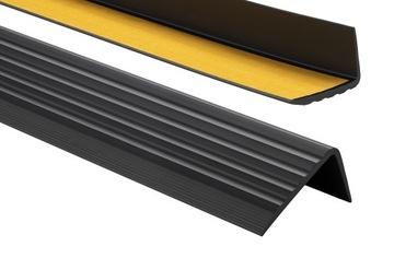 Protišmykový schodový profil 41x25 90cm čierny