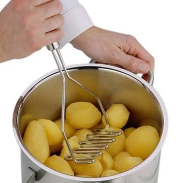 Zemiakové zemiaky zeleniny pestle hnetenie
