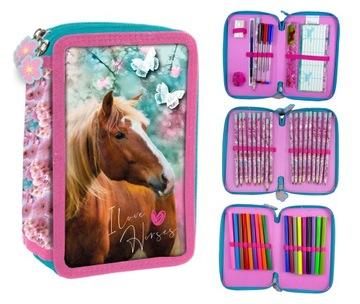 Trojkomorový ceruzkový prípad s koňmi