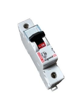 Nadprúdový spínač 1p C 20A LEGRAND 605611
