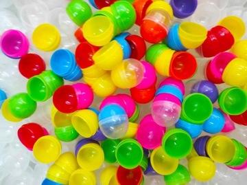 Prázdna kapsula 32 mm Mix Ball guľôčka 200ks