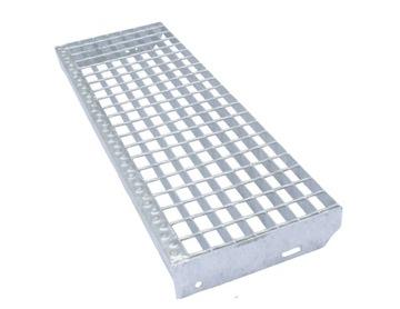 Stupne WEMA   900 x 270   kovové schody, dreváky