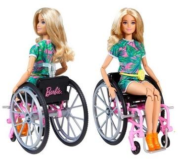 Bábika na invalidnom vozíku GRB93