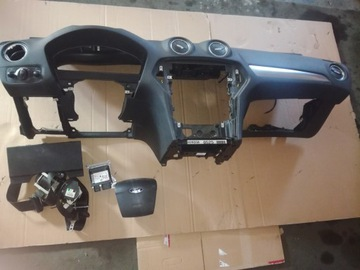 Ford mondeo mk4 рестайлинг панель приборная 2011rok, фото