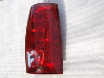 Фонарь задний правая задняя gmc yukon 3 оригинал хорошее состояние, фото