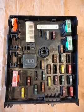 Блок предохранителей audi q3 3c0937629d, фото