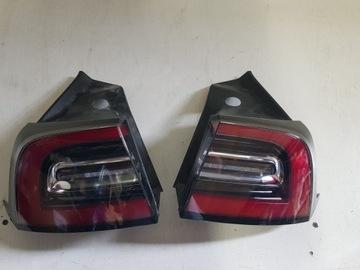 Tesla модель 3 фонари задние правая задняя левая, фото