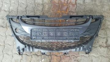 Решетка бампера переднего mazda 5 cw оригинал, фото