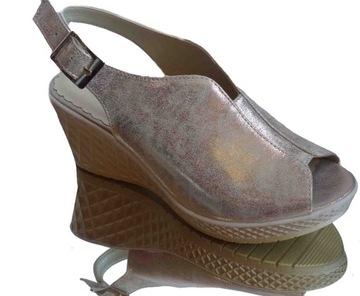damskie sandały na szeroką stopę