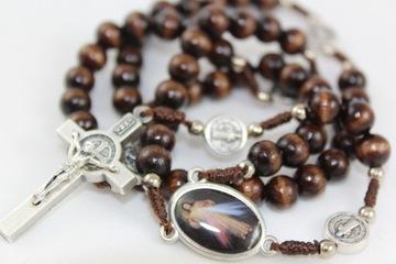 Деревянные четки с крестом Святого Бенедикта
