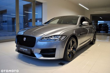 Jaguar XF II Sedan 2.0 i4D 180KM 2019