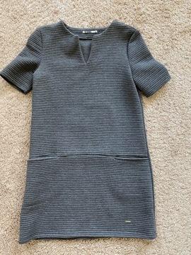 Sukienka rozmiar S Top Secret Drywash