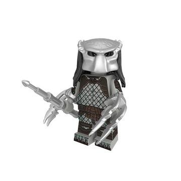 Чужой против Хищника фигурка хищника + карта LEGO