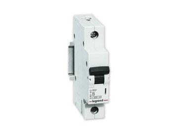 Автоматический выключатель LEGRAND RX3 1П B16A S301 RX3