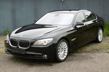 BMW Seria 7 F01 Sedan 750i 407KM 2009 BMW 750