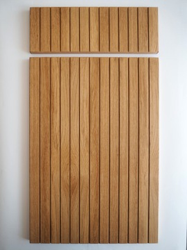 Фасад мебели из шпона с рифлеными ламелями