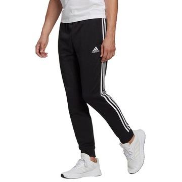 Adidas Spodnie Dresowe Męskie Essentials roz. M