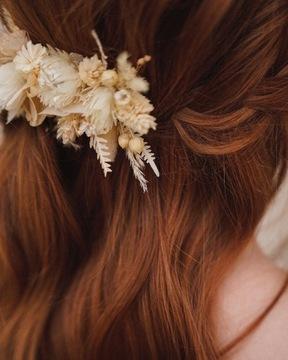 Grzebyk do włosów z suszonych roślin