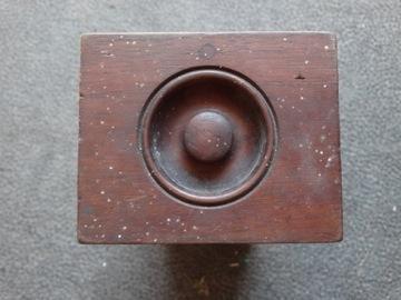 Ящик для швейной машины