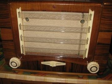 Ламповое радио Тесла Май 623 А