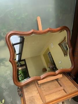 Хрустальное полированное зеркало в деревянной раме