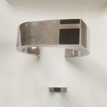 Комплект серебряных браслетов, кольцо 90-х годов XX