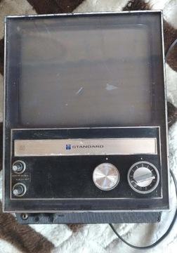 Портативный транзисторный телевизор SR-V703 ЯПОНИЯ