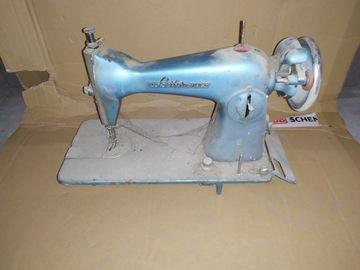 Историческая немецкая швейная машина Leifermann