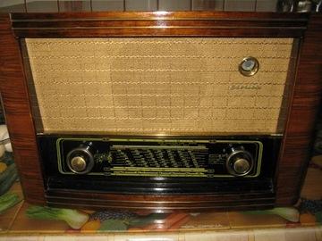 Сентиментальное польское радио Stolica от UKF