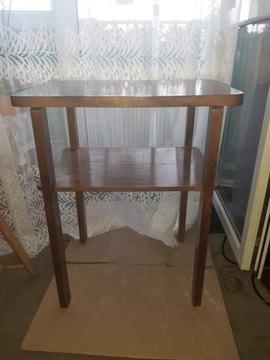 старый стол с деревянной фабрики в Кракове
