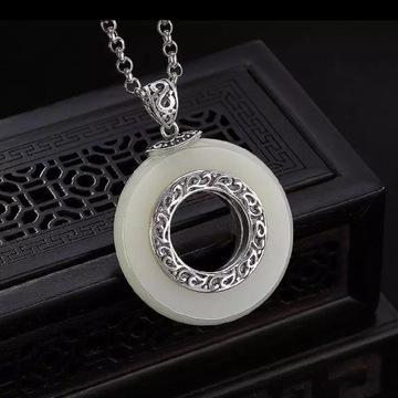 ВИНТАЖ, серебряный кулон, белый нефрит