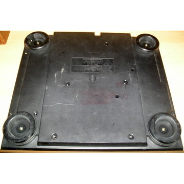 ONKYO CP 1022 A plastikowy spód z nogami gramofon
