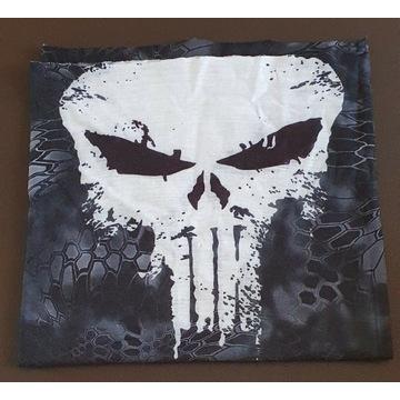 Komin na twarz z motywem Punisher