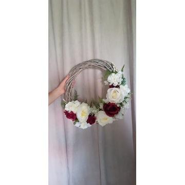 Wieniec na drzwi_dekoracja ślubna