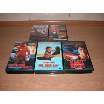 Zestaw pieciu kaset VHS z Jackie Chanem
