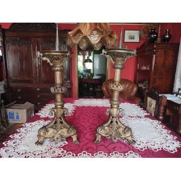 Ogromne kandelabry w typie barokowym