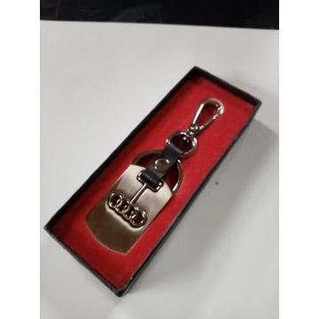 Breloczek Audi prezent pudełko