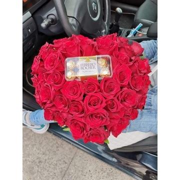 Flowerbox. Kwiaty w pudełku