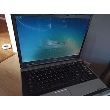 Laptop Toshiba Satelite M70-340