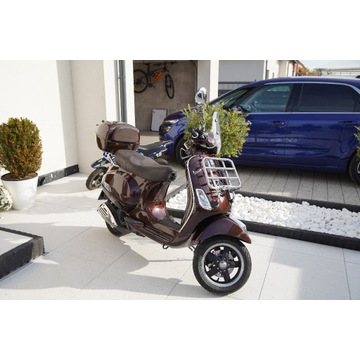 Piaggio Vespa LX 125 Touring Limited Edition