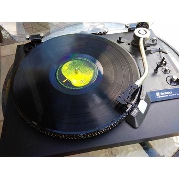 Gramofon Technics sl23a. Z wkładką Ortofon.