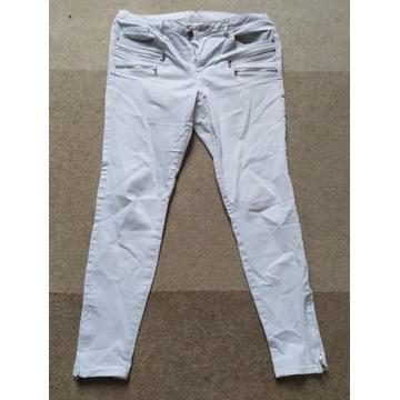 Zara spodnie damskie rozmiar M białe