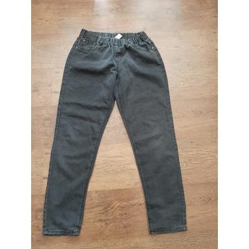 Jeansowe spodnie w gumkę